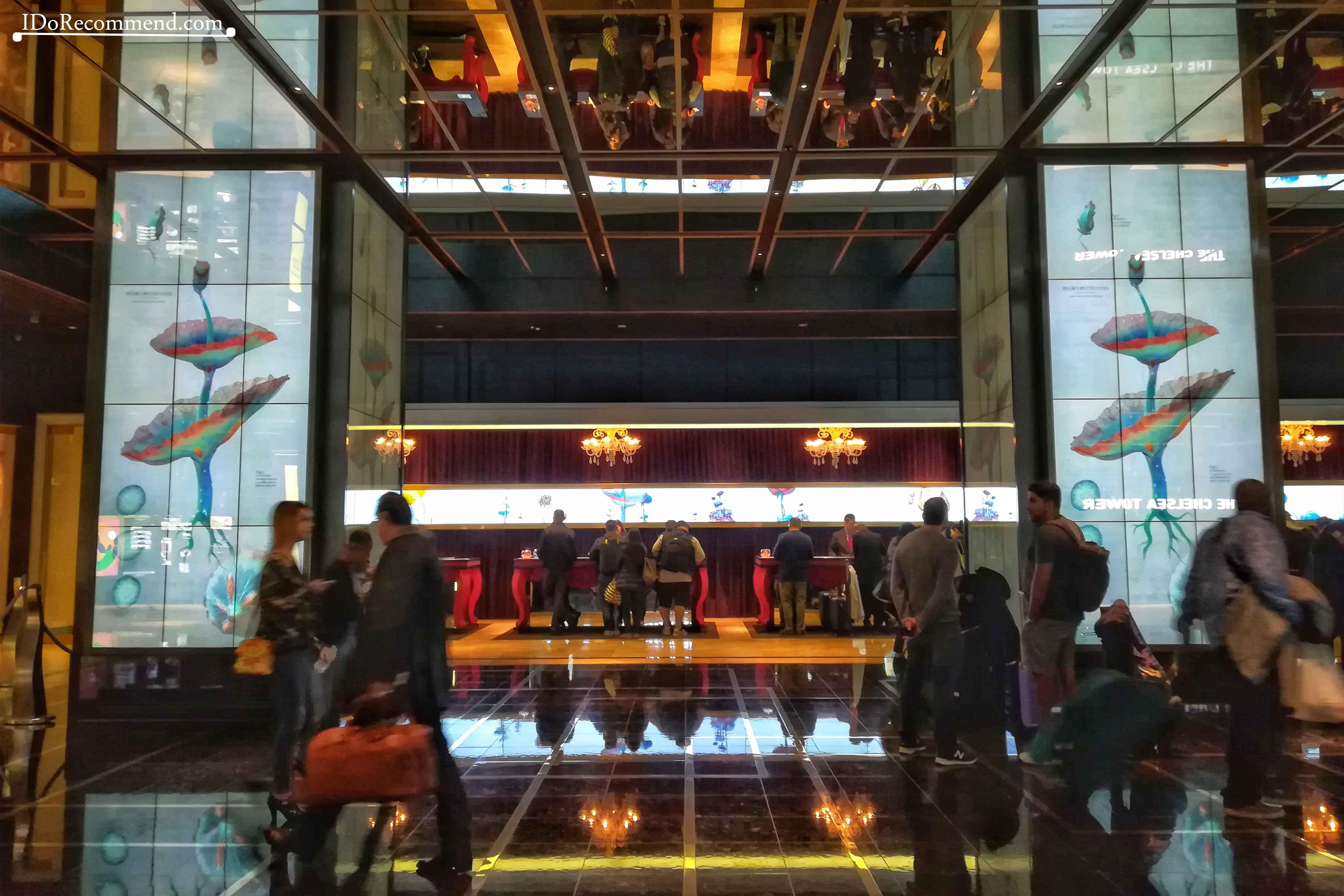 Las_Vegas_Strip_Cosmopolitan_Hotel_Casino
